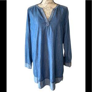 GAP split neck tunic style chambray dress